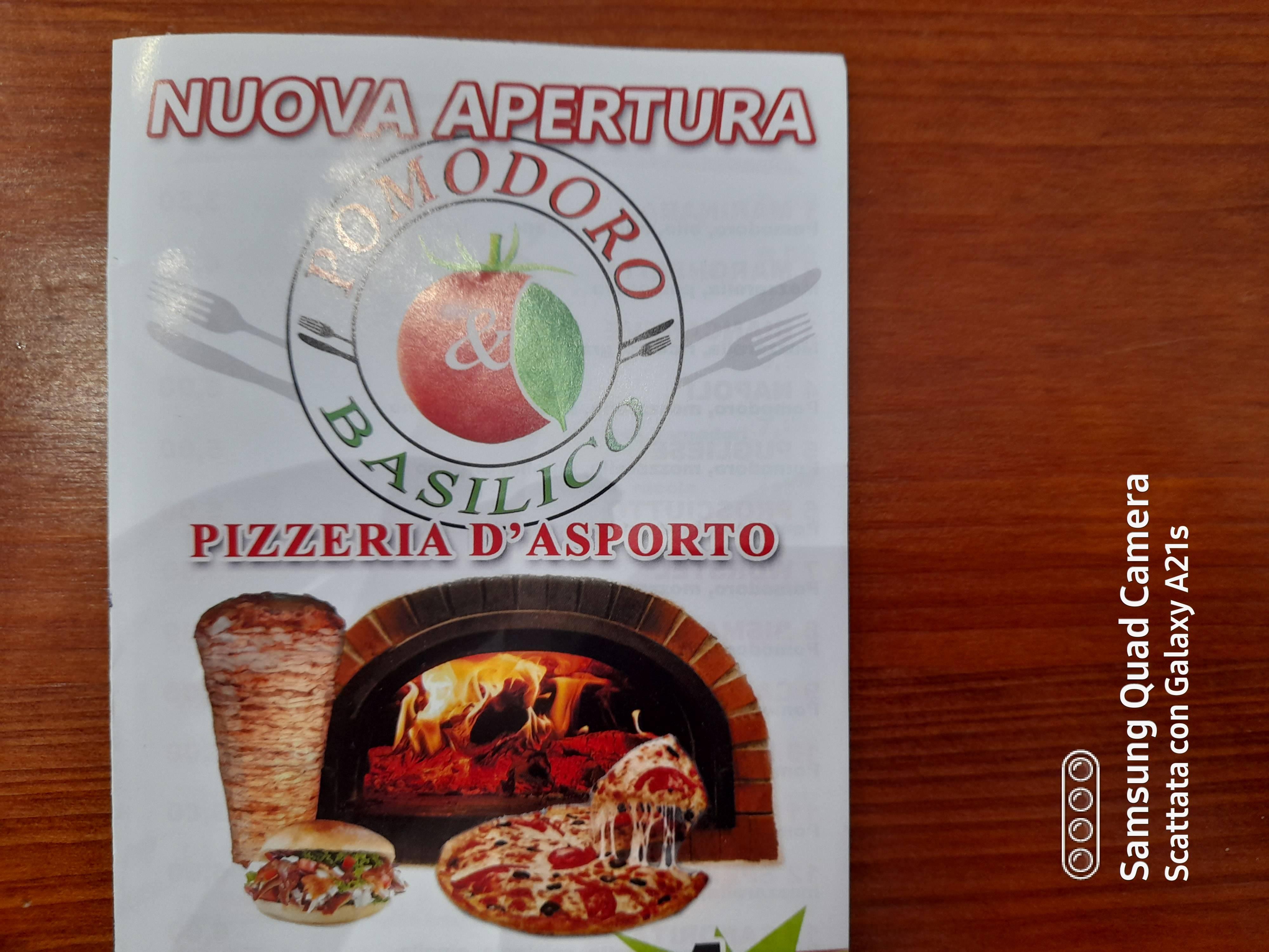 Pizzeria d'asporto Pomodoro e basilico